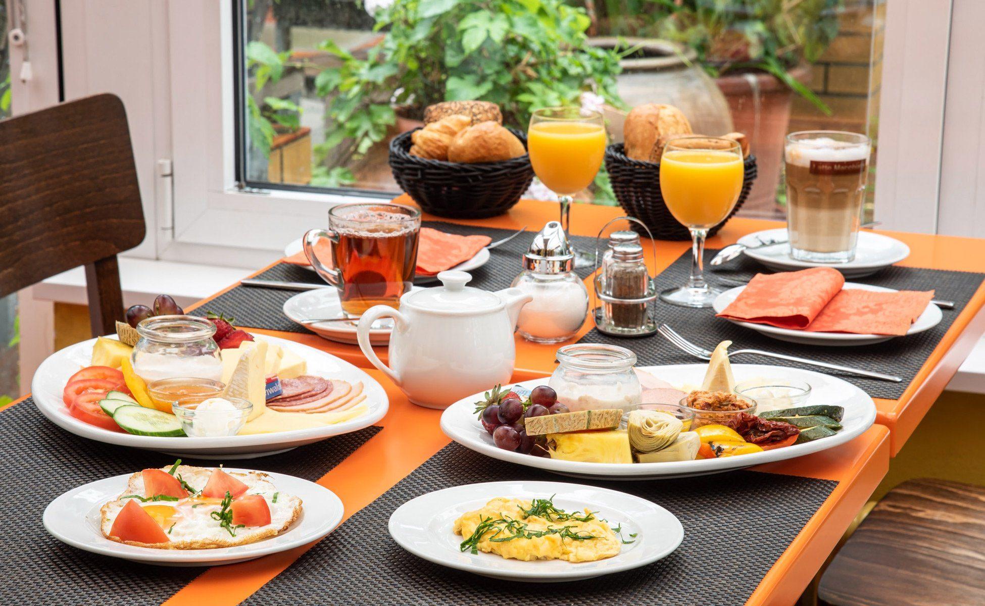 Hotel-Grenzfall Frühstück im Restaurant